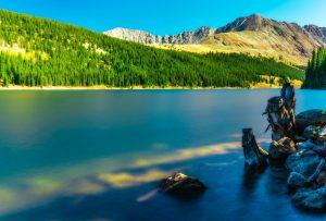 denver mountains and lake